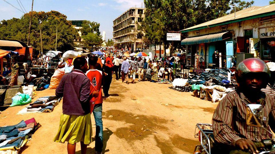 Strasse in Mwanza