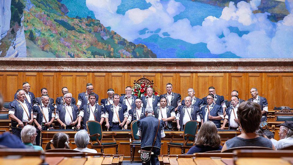 choir performs at swiss parliament